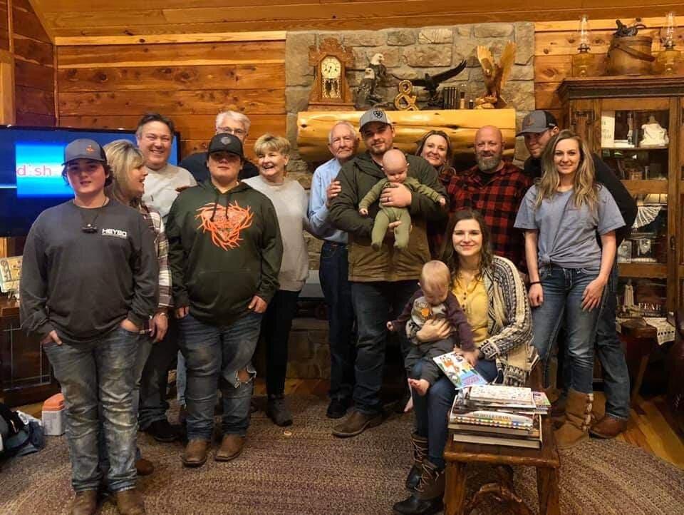 Hurst Family Thanksgiving on the Little Red